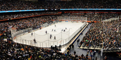 "Source: syracuse.com ""Hockey fans pack the Carrier Dome for the Syracuse/Utica Frozen Dome Classic in Syracuse, N.Y., Saturday, Nov. 22, 2014. Kevin Rivoli | krivoli@syracuse.com"""